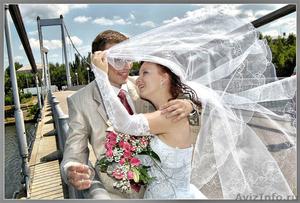 Видеосъёмка утренников,свадеб,видеооператор-фотограф 2в1 - Изображение #1, Объявление #33385
