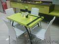 Кухонные и обеденные столы из искусственного гранита